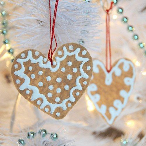 Bánh gừng trang trí cây thông noel hình trái tim :x