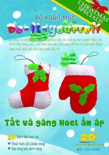 Bộ đôi móc khóa tất và găng tay noel ấm áp cho mùa giáng sinh lạnh