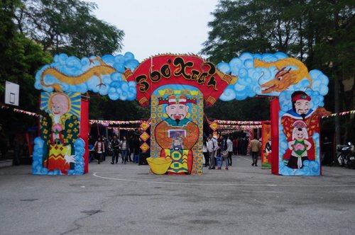 Hội chợ 360 độ xuân năm 2012 tại đại học Kinh Tế Quốc Dân