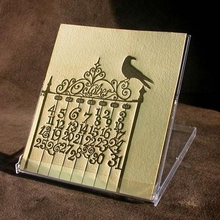 Tự in lịch handmade từ giấy bìa màu, con dấu tự chế