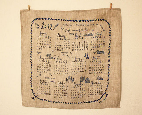 Làm lịch handmade từ vải thô theo phong cách vintage