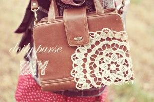 Túi xách handmade tân trang lại với ren và đăng ten rất phù hợp với những cô nàng mang phong cách vintage