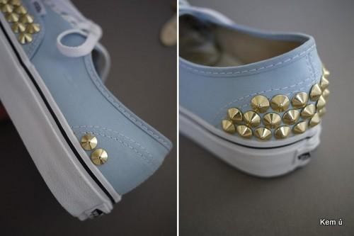 Nạm đinh cho gót giày tương tự mũi giày