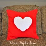 Gối handmade vải nỉ – quà valentine ngọt ngào