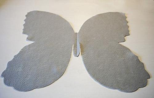 Cánh bướm to bên ngoài làm gối handmade vải nỉ