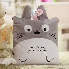 Gối vải nỉ Totoro dễ thương không nè?