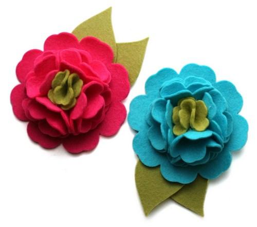 Hoa hồng từ vải dạ với cách làm hoa vải tương tự