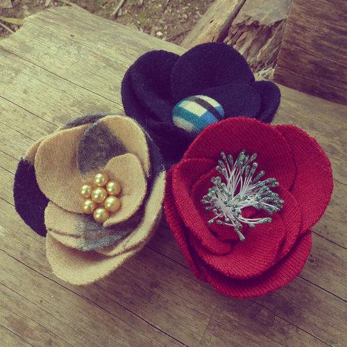 Không chỉ hoa hồng, bạn còn có thể làm các loại hoa không tên đáng yêu khác nhé