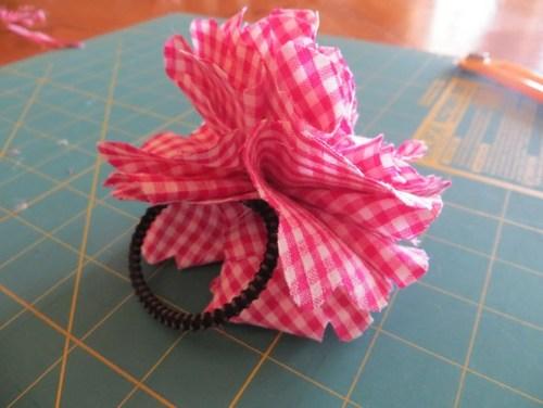 Hoàn thành dây buộc tóc handmade với hoa vải vintage/ vải dạ xinh xắn rồi