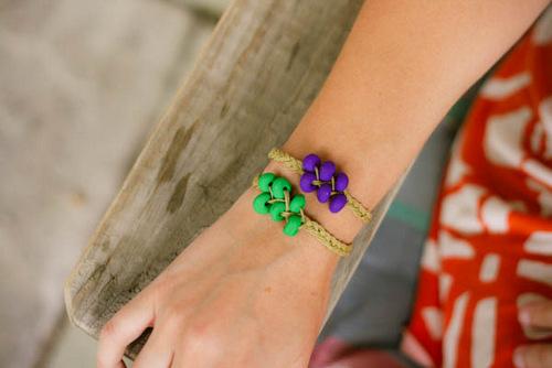 Cách làm vòng tay handmade với dây cói