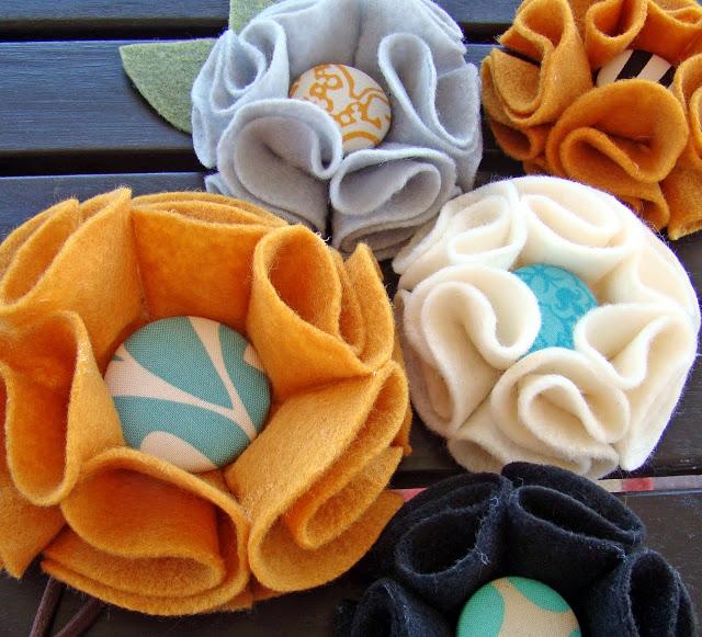 Học làm hoa bằng vải dạ đơn giản và xinh xắn
