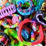 Rainbow loom – vòng thun cầu vồng