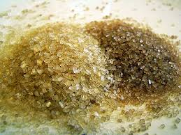Đường Turbinado khá giống đường nâu, trừ việc hạt đường to hơn nhỉ