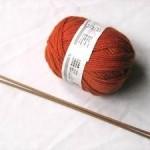 Cách đan khăn len hình trái tim món quà trao yêu thương