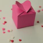Valentine học 3 cách làm hộp quà xinh xắn