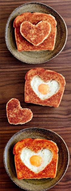 Bữa sáng bất ngờ - món quà valentine ý nghĩa cho chàng