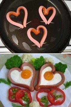 Bữa sáng với xúc xích và trứng - Quà valentine tự làm sáng tạo vô cùng :)