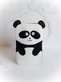Chú gấu trúc đáng yêu biến hóa thành túi đựng smart phone