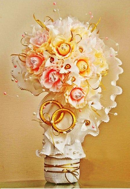 lọ hoa xinh xắn từ giấy nhún